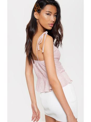 PRETTYLITTLETHING Peplum cami top foto